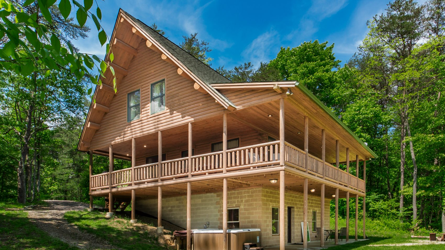 Stillwater-up to 19 guests   Cedar Grove Lodging and Events